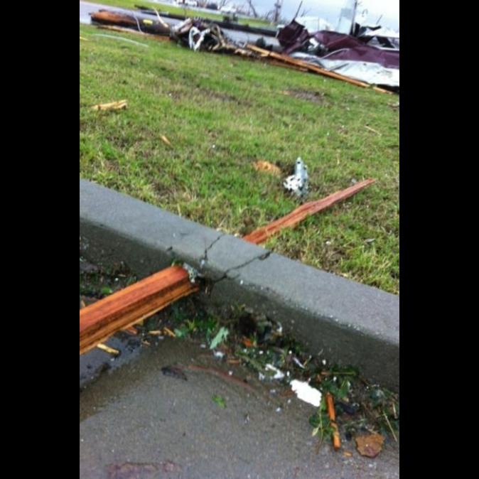 the hi¡… rise, the cube, diesnayeLands   …atheHoop… Tornado-damage-Joplin-MO-2011