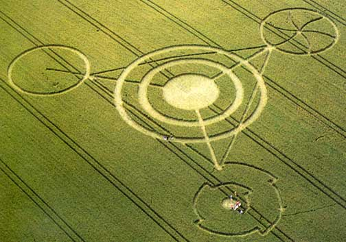 David Wilcock: 2012 e Politica IV: Storia dei Crop Circles (parte 1/2) 3