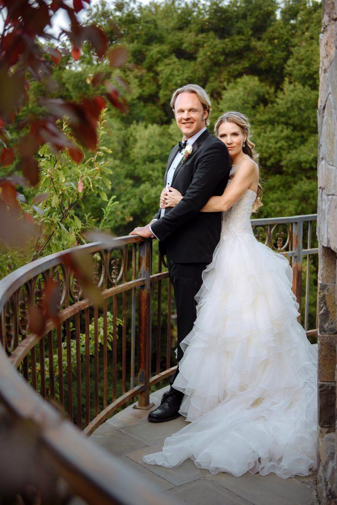 Дэвид Уилкок. Брак. Объявление: Счастливая жизнь! David-wilcock-wife-elizabeth-wilcock-wedding-final-684x1024